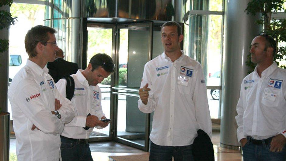 Formule 1 : Une équipe de plus en 2010 ?