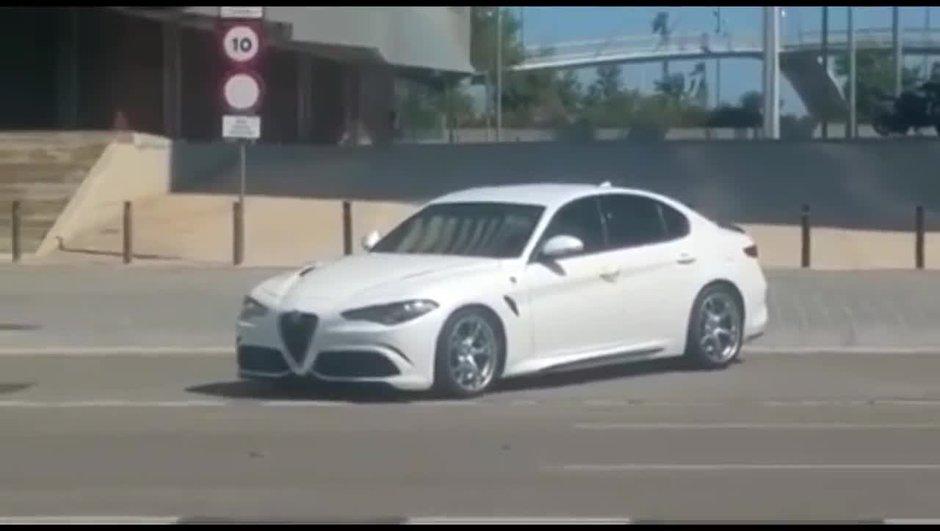 "VIDEO - Scoop: L'Alfa Romeo Giulia ""de base"" surprise en pleine rue!"