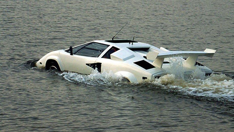 Insolite : une Lamborghini Countach amphibie en vente aux enchères !