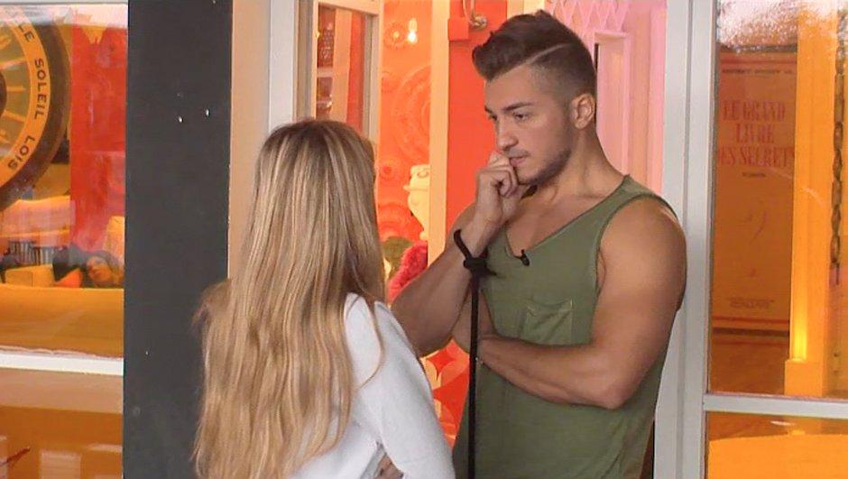 Anaïs conseille Darko après sa dispute avec Fanny