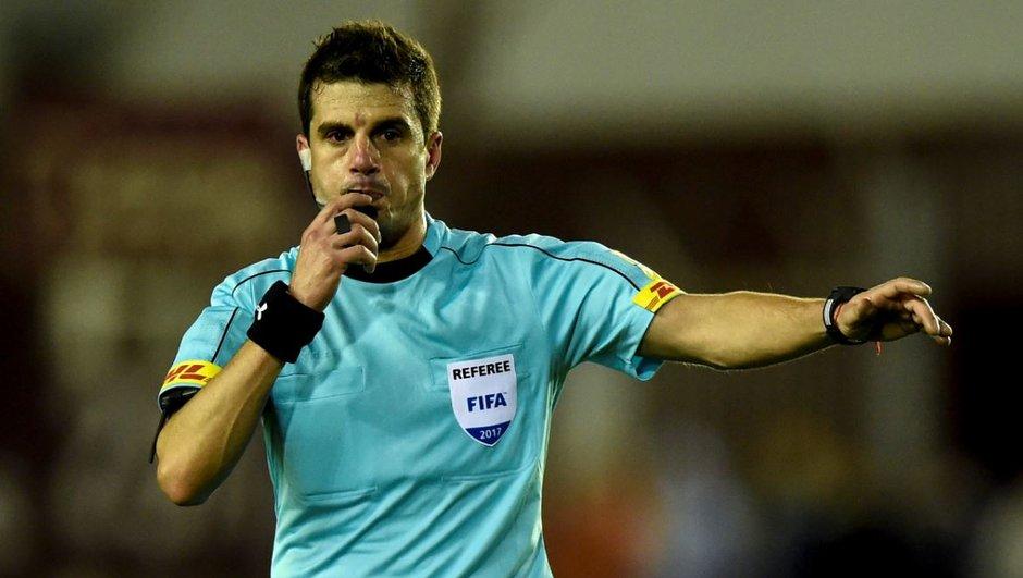 mondial-2018-france-australie-uruguayen-andres-cunha-arbitrera-match-bleus-samedi-1229930