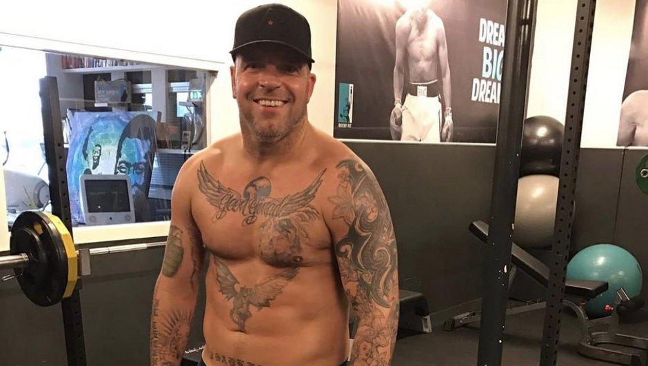 Insolite : l'incroyable transformation physique d'Andy van der Meyde, ex-joueur de l'Inter devenu boxer