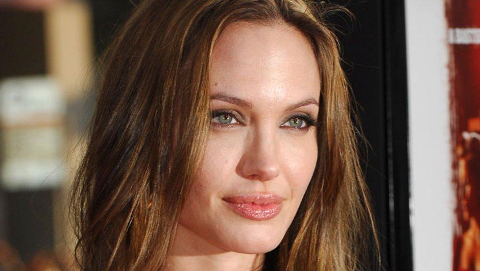 Angelina Jolie rattrapée par ses tendances suicidaires