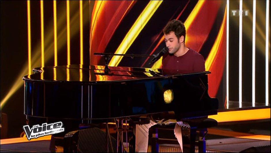 """The Voice : Anthony Touma chante """"Billie Jean"""" et bluffe les 4 coachs"""