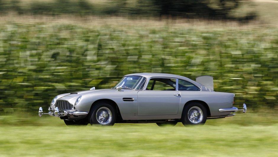 Salon Rétromobile 2017 : Aston Martin à l'honneur avec une exposition exceptionnelle