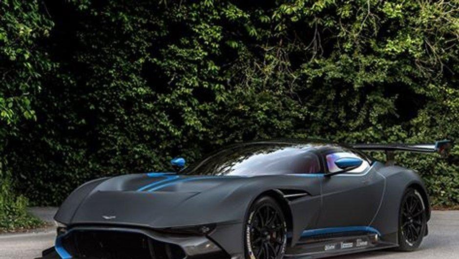 Festival de Goodwood 2015 : L'Aston Martin Vulcan hurle sur la piste