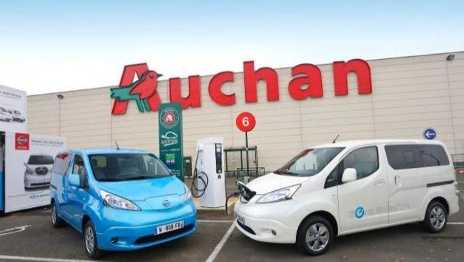 Voitures électriques : Nissan et Auchan installent des bornes de recharge rapide