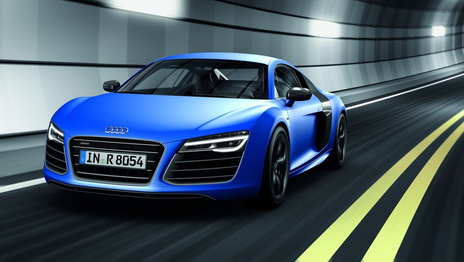 mondial-de-l-auto-2012-audi-r8-nouveau-regard-version-v10-plus-0175033