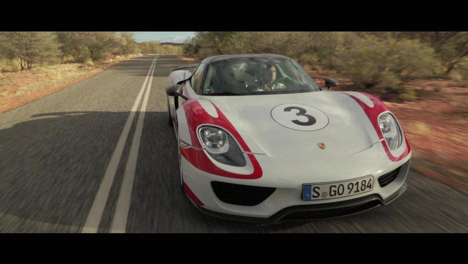 Insolite : La Porsche 918 Spyder à 350 km/h sur route ouverte !