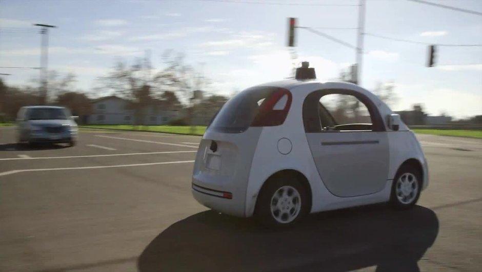 """La """"Google Car"""" pourra rouler librement en Californie cet été"""