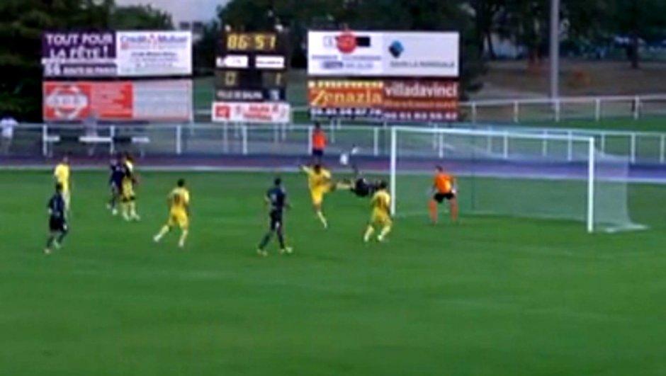 TFC : le joli retourné d'Abdennour face à Villareal