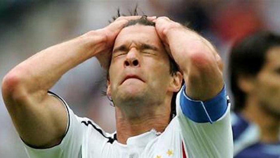 Ballack forfait pour le Mondial-2010