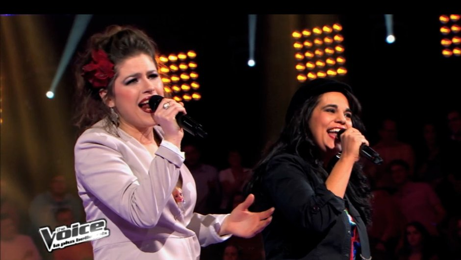 "The Voice : Caroline Rose s'approprie ""La foule"" et remporte sa battle"