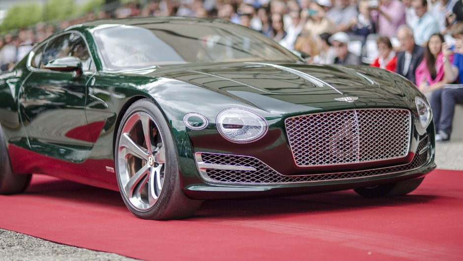 Le concept-car Bentley EXP 10 Speed 6 couronné à Villa d'Este 2015
