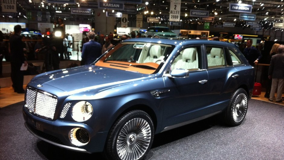 Salon de Genève 2012 : Bentley EXP 9 F, un concept de SUV luxe made in England