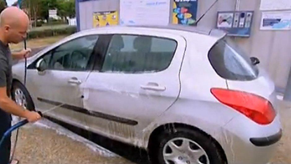 Retour de Vacances : Bien laver sa voiture