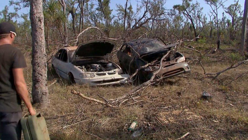 Des australiens trouvent une épave de Hyundai et la font rouler