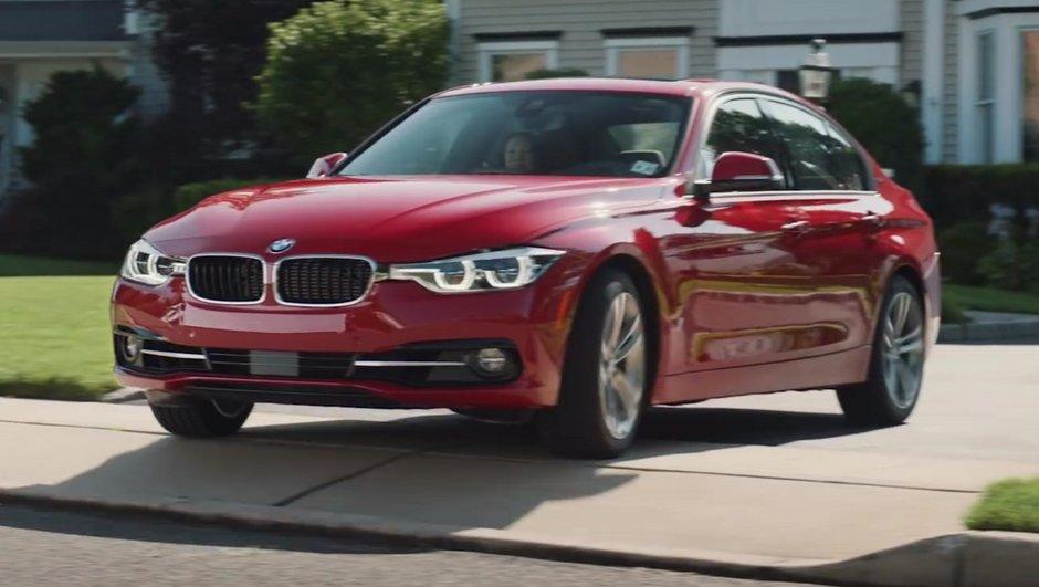 """Vidéo : La publicité BMW """"anti-Tesla Model 3"""" très critiquée sur la Toile"""