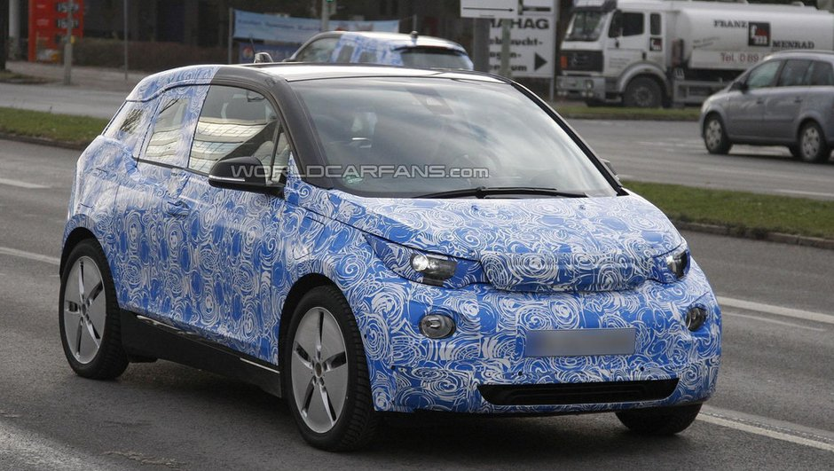 Scoop : la BMW i3 2013 définitive se montre, en hybride !