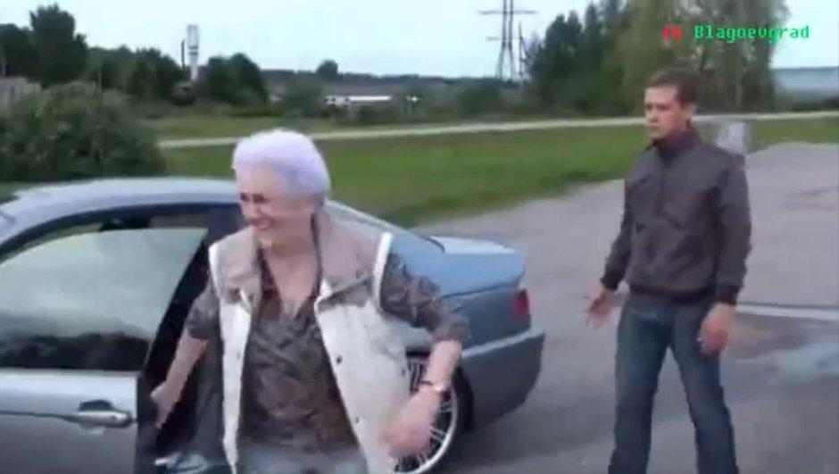 Vidéo insolite : Une grand-mère fait du drift en BMW M3 !