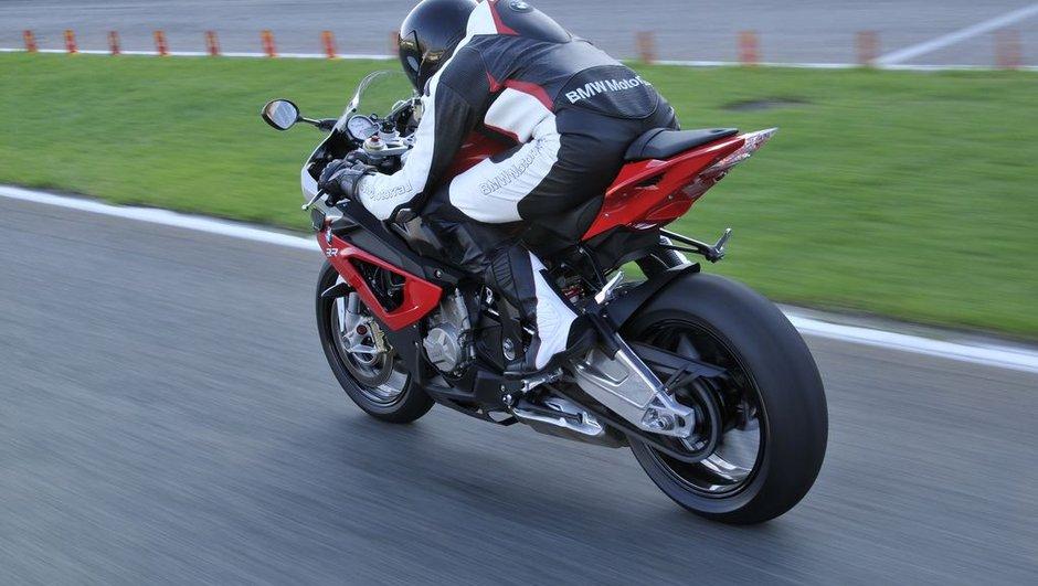 Insolite : un motard flashé à 310 km/h sous la pluie !