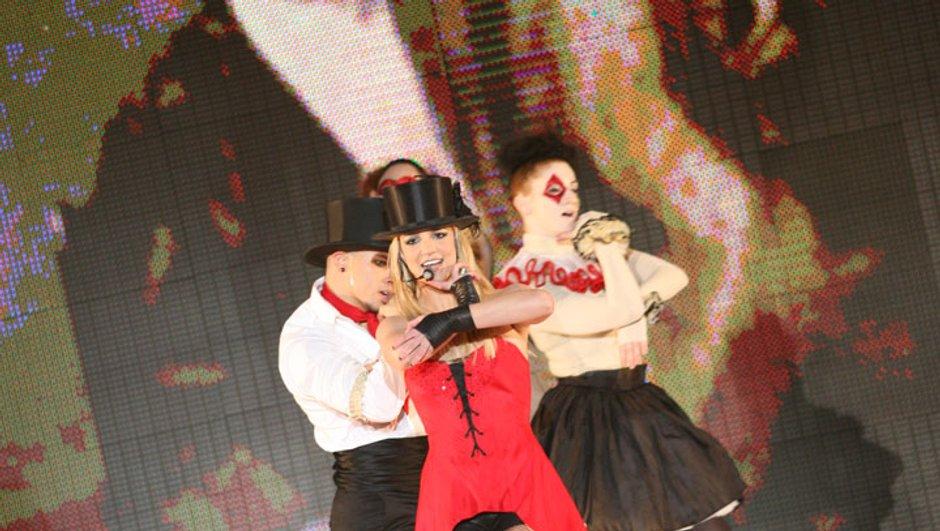 Britney Spears échappe à une agression en plein concert !