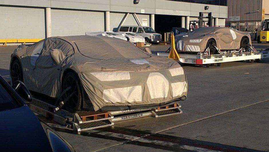 Future Bugatti Chiron 2016 : aperçue à l'aéroport de Los Angeles