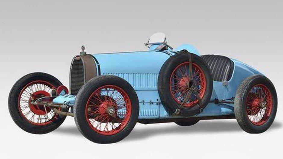 insolite-une-bugatti-de-1927-vendue-920-000-euros-aux-encheres-0769081