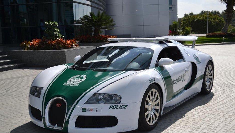 Insolite : la Police de Dubaï s'offre une Bugatti Veyron (+vidéo)