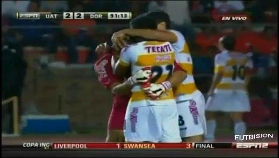 Insolite-Mexique : Un gardien marque deux fois en finale de Coupe (vidéo)