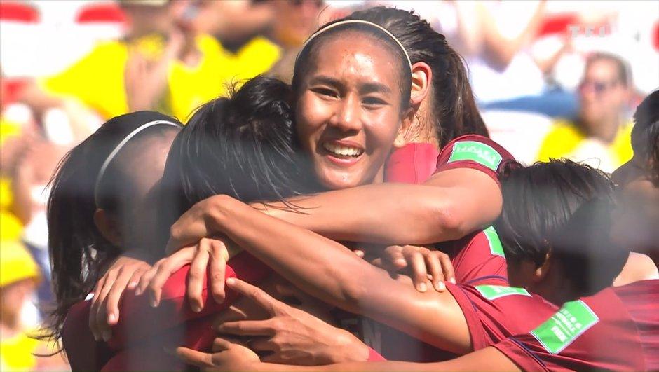 La magnifique joie des Thaïlandaises après leur but contre la Suède