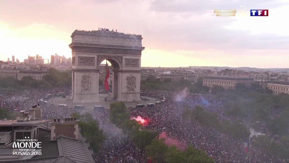 video-france-croatie-finale-champs-elysees-fusion-paris-fete-champions-monde-3048695