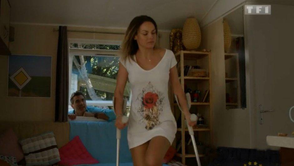 Camping Paradis : Pourquoi Amandine a-t-elle des béquilles ?