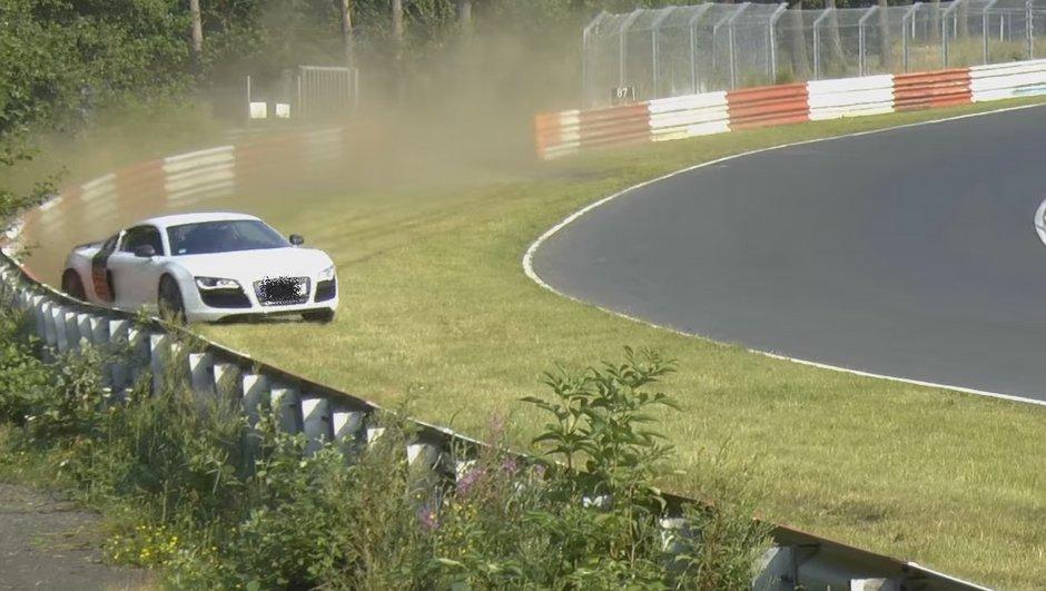 une-audi-r8-evite-crash-de-justesse-nuerburgring-7204970