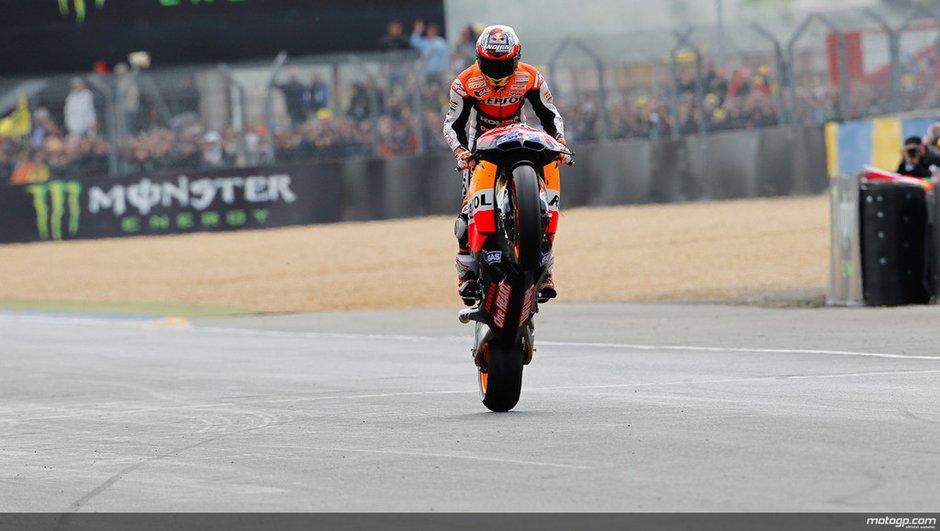 Moto GP : Stoner impérial et accrochage Pedrosa-Simoncelli