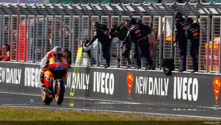 MotoGP Australie : Stoner champion du monde