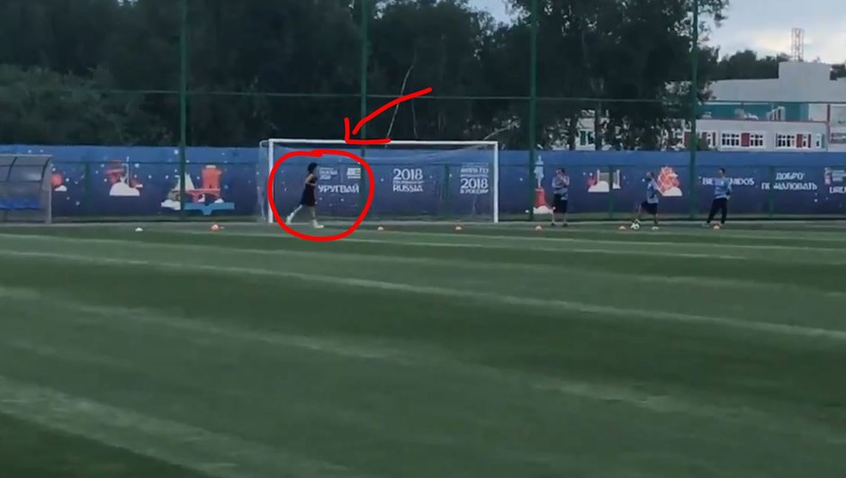 Uruguay-France : surprise, revoilà Cavani sur un terrain d'entraînement !