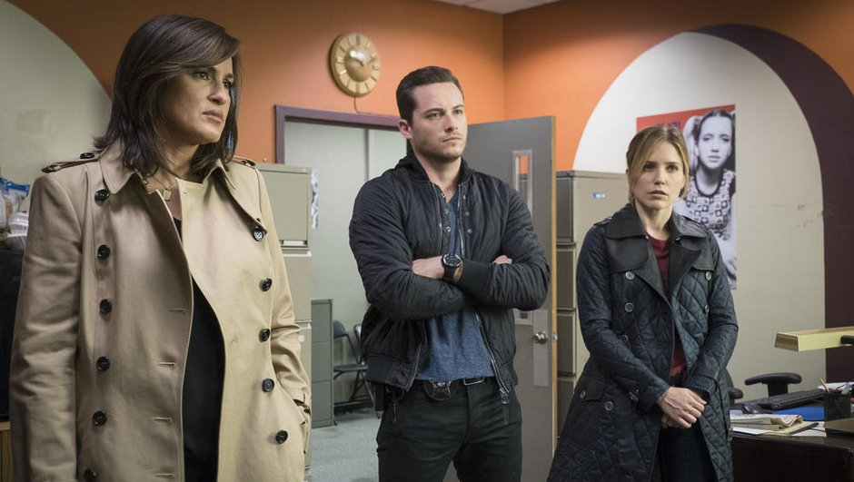 chicago-police-department-episodes-inedits-cross-over-new-york-unite-speciale-soir-8278121