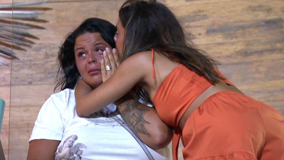 "La Villa 5 - Sarah ""traumatisée"", elle craque avant la fin (Episode 80)"
