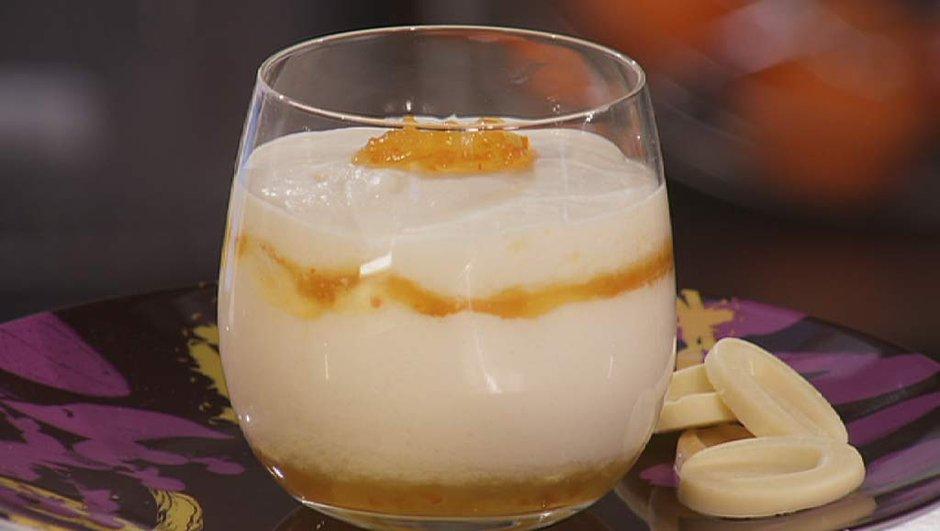 Mousse de chocolat blanc à la marmelade d'orange amère