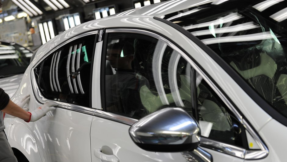 Le marché auto revient vers l'équilibre en avril 2012