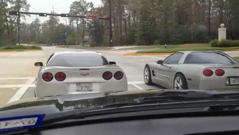 Insolite : une course en Corvette qui finit en crash