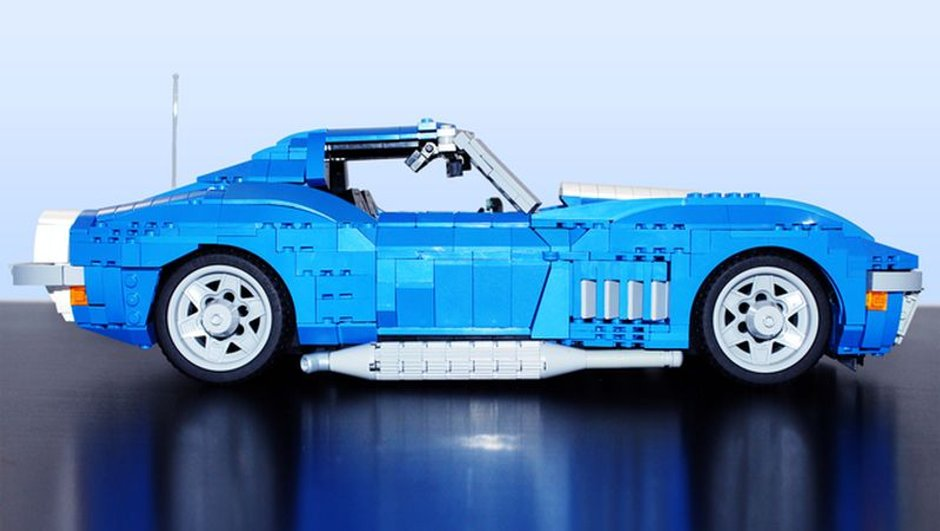 insolite-une-corvette-ss-427-phase-iii-baldwin-motion-lego-2794532