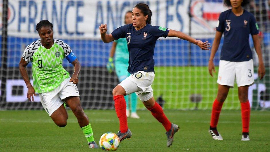 Groupe au grand complet pour les Bleues avant France-Brésil
