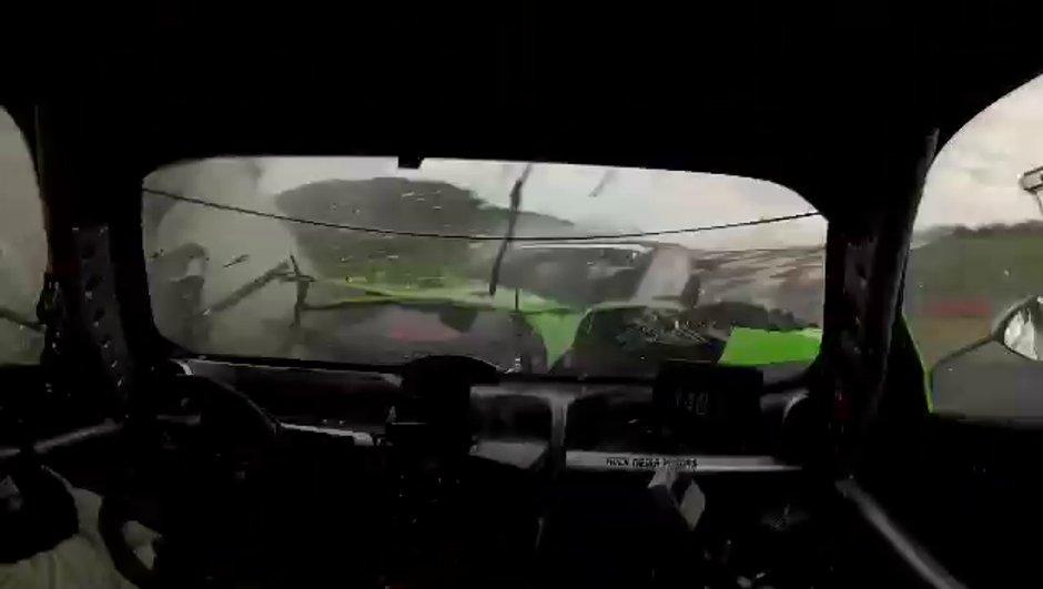Insolite : un crash en Pagani Zonda de course