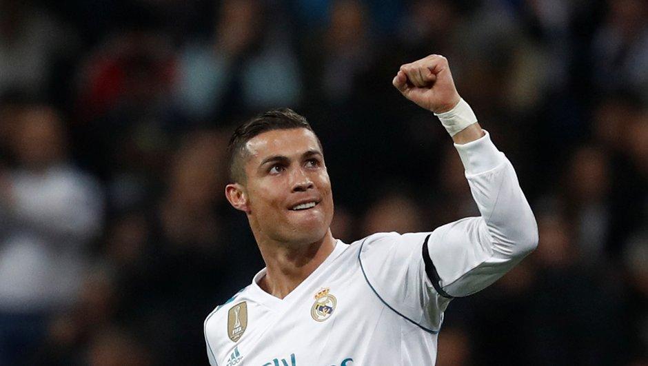 Ligue des champions - Le golazo de Cristiano Ronaldo contre Dortmund, le chef d'oeuvre de Bernard face à City, la déroute de Monaco à Porto, la volée parfaite de Mané avec Liverpool, les 33 buts de la soirée de mercredi (VIDEO)
