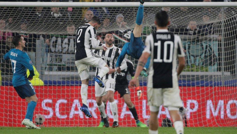 [VIDEO] Le retourné acrobatique de Cristiano Ronaldo et l'acclamation des fans de la Juventus