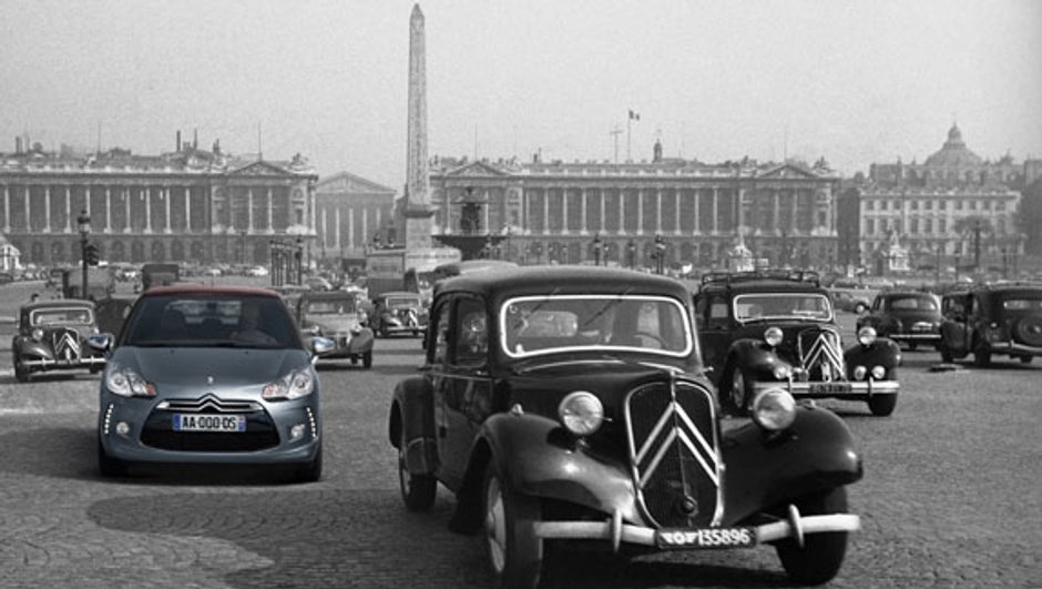 90 Citroën rassemblées pour les 90 ans de la marque