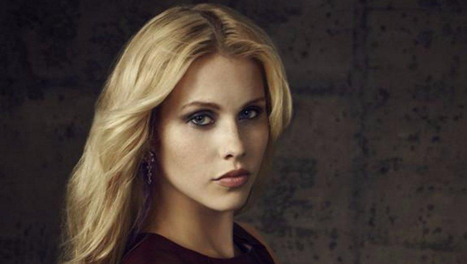 Claire Holt (Rebekah), très bien entourée pour sa nouvelle série