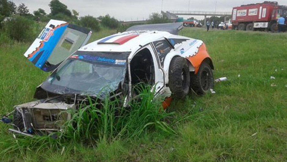 dakar-2016-nouvel-accident-mortel-sainz-s-impose-une-etape-9-raccourcie-9086721